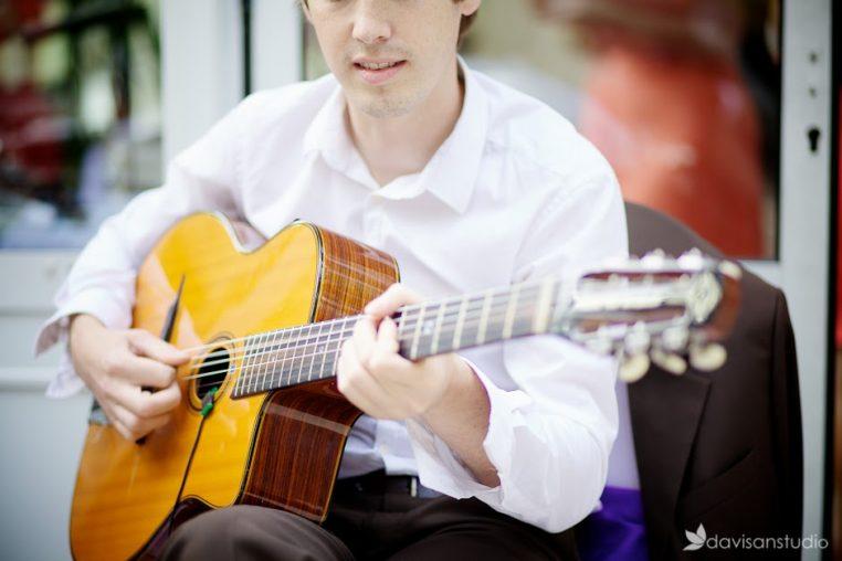 Benjamin professeur de guitare